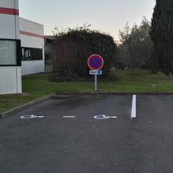 Sigle handicapé panneau - Angers - TRACE PLUS