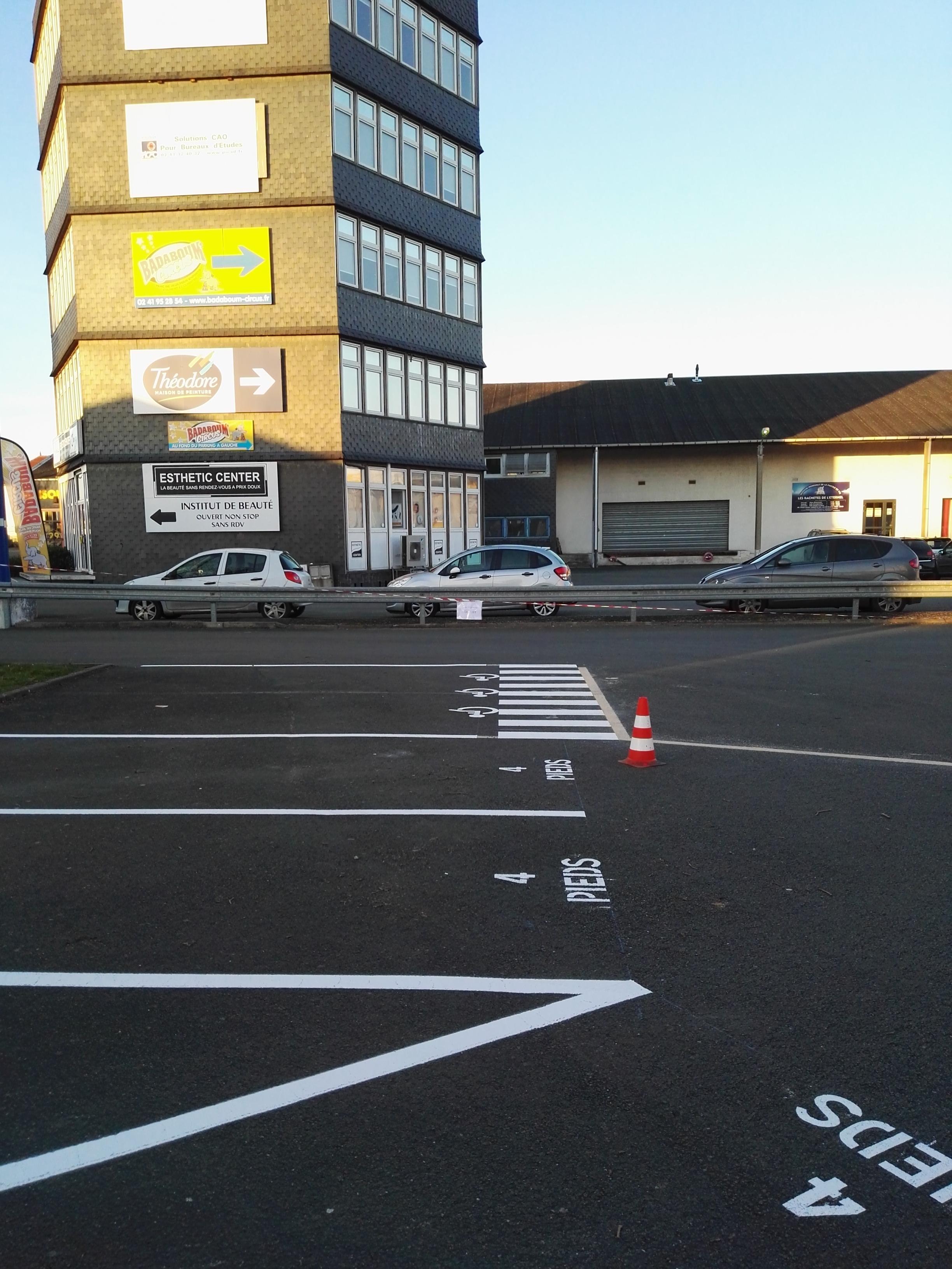 Marquage au sol Parking - Angers - Trace Plus